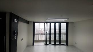 깔끔하고 세련된 블랙&화이트 아파트 인테리어
