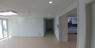 실용적인 수납 공간이 돋보이는 아파트인테리어