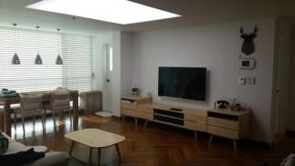 클래식한 헤링본마루. 60평 아파트 인테리어